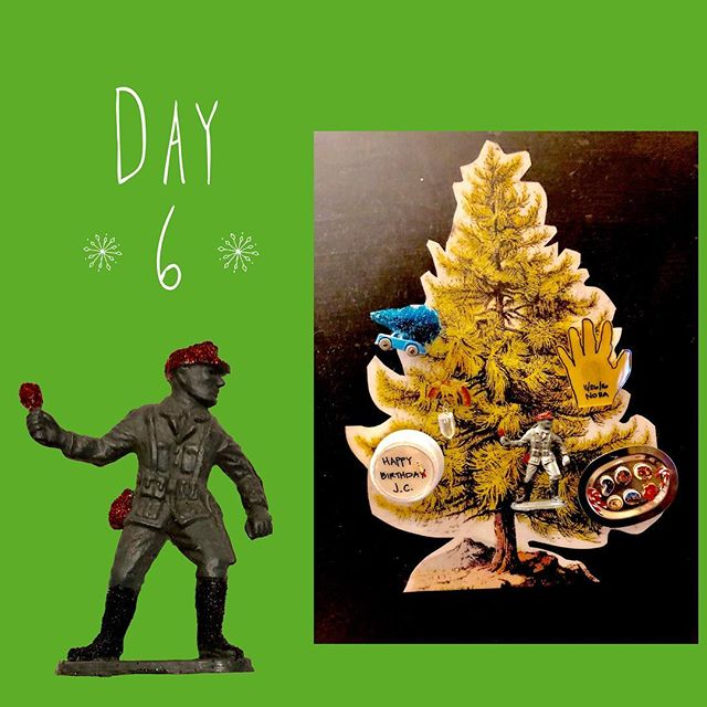 Advent Calendar day 6: A be-glittered military man figurine courtesy of my bro-in-law. Classic kitsch with a slight nod to my days as a weapon systems analyst perhaps. I believe he's about to chuck a glittery turkey leg? My vast military knowledge comes in handy again! To read all about this best personalized advent calendar ever created by my insanely crafty sister @mmcothern... **Click on my blog link in the bio and check.it.out.** #adventcalendar #diyadventcalendar #adventcalendarcountdown #xmascountdown2018 #adventcalendarday6