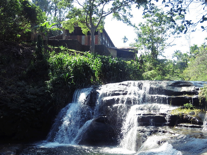 Amba-Ravana-falls.jpg