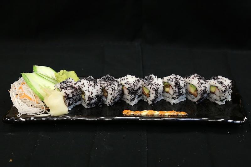 The ebi tempura roll (photo credit: Vii Dubai)