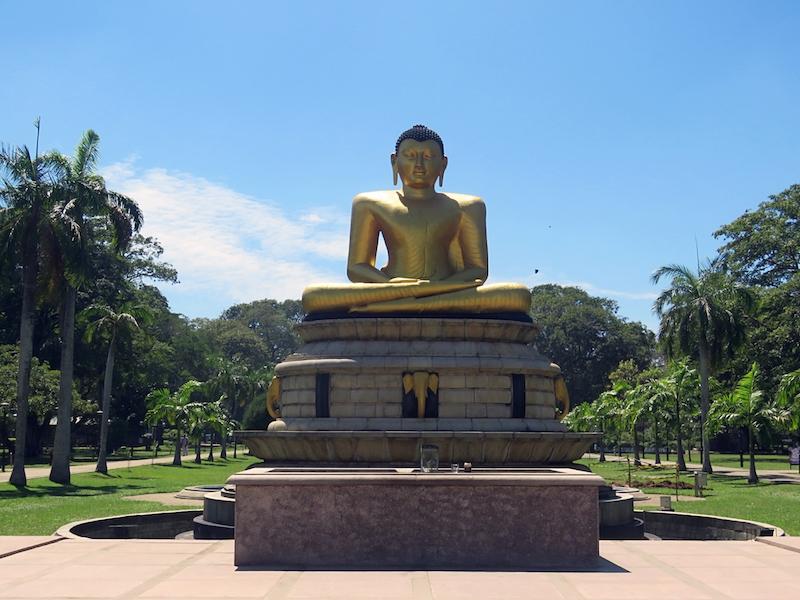 Colombo-Viharamahadevi-Park.jpg