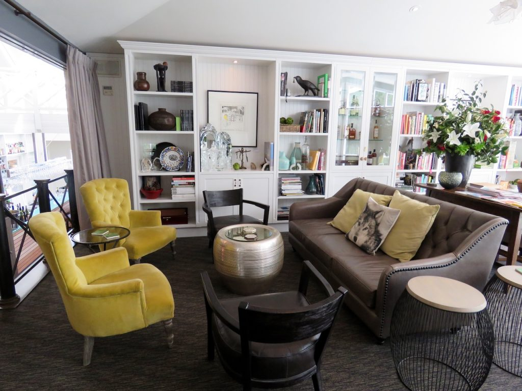 The gorgeous Argyle Library Bar seating area