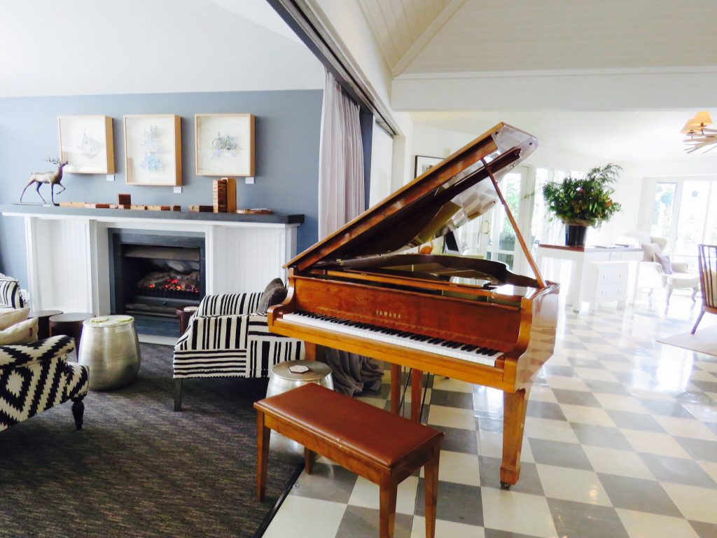 The Argyle Library Bar is equipped with a piano