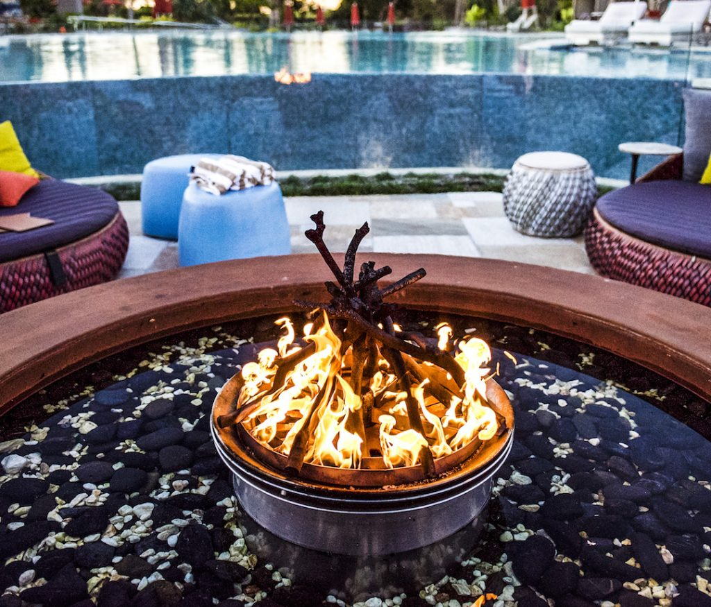 The fire pit by the pool that caught Pra's eye (photo credit: Elements of Byron)