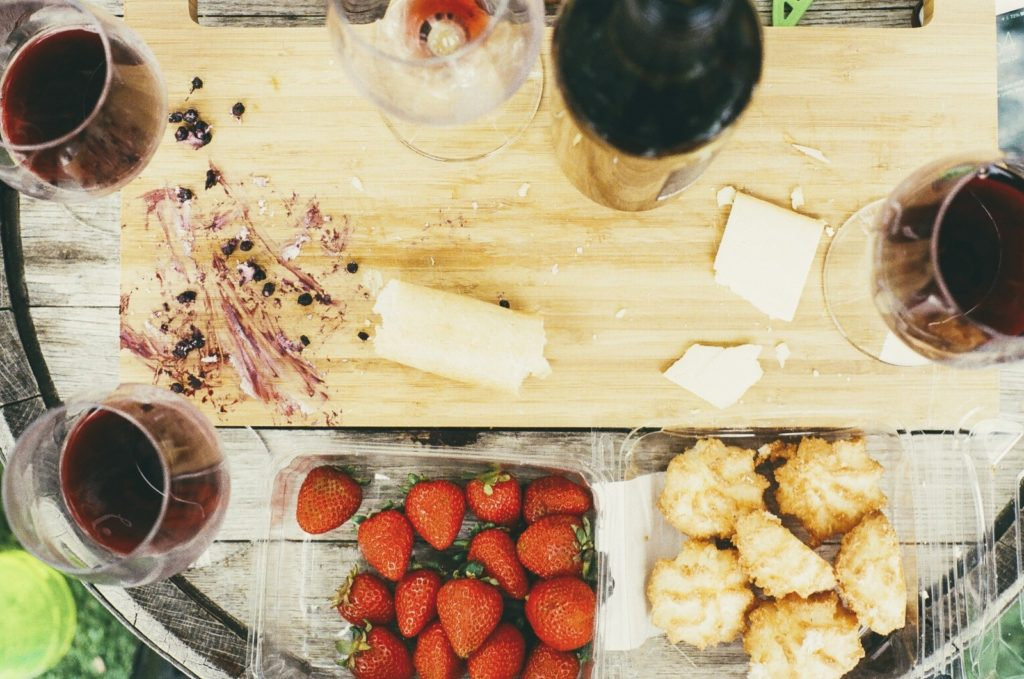 still-life-with-cutting-board-wine-glasses-and-strawberries-1024x679.jpg
