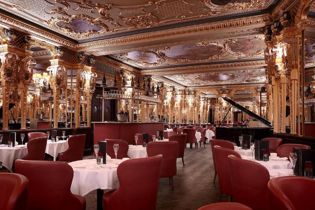 The very grand Oscar Wilde Bar (photo supplied)