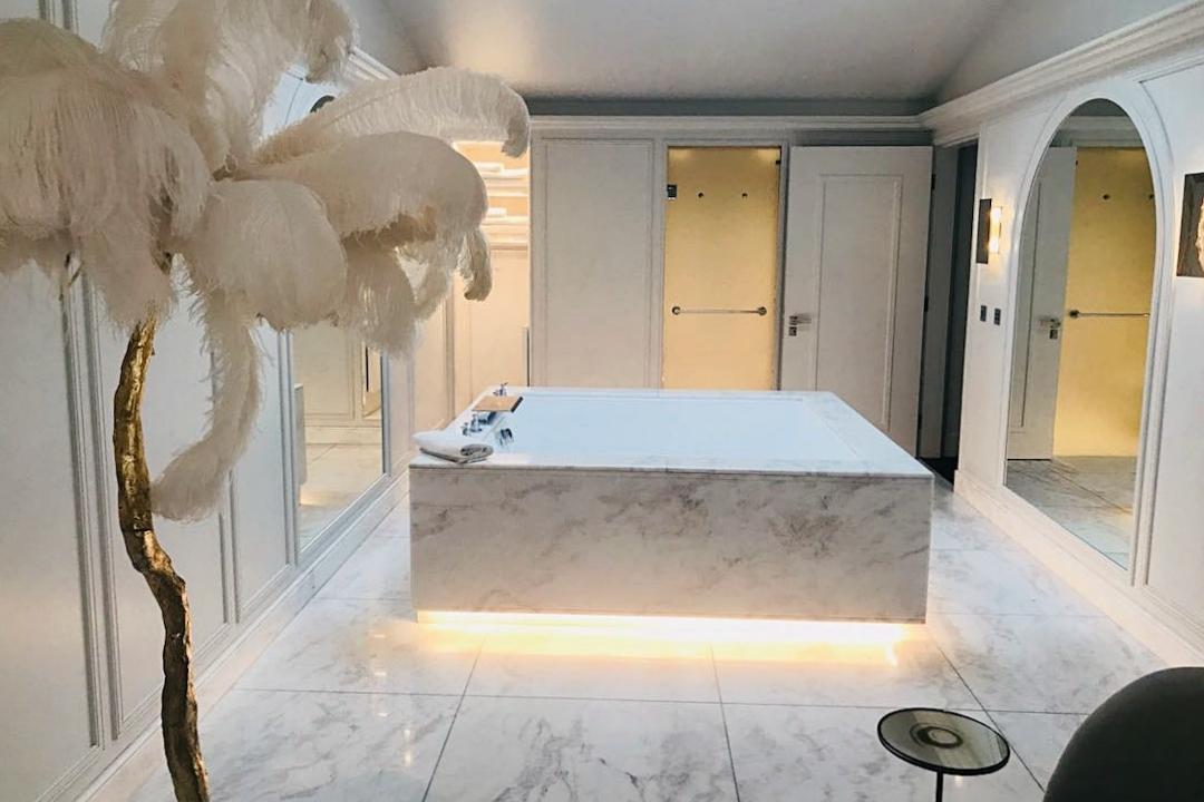 The Mandrake Penthouse bathroom 2.jpg