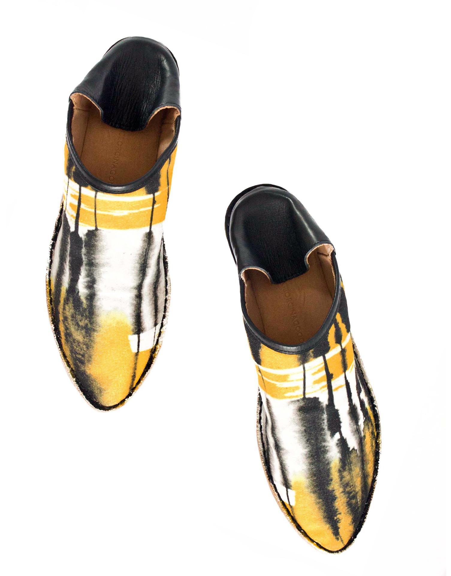 Georgina Goodman - Yellow & Black Canvas Slipper