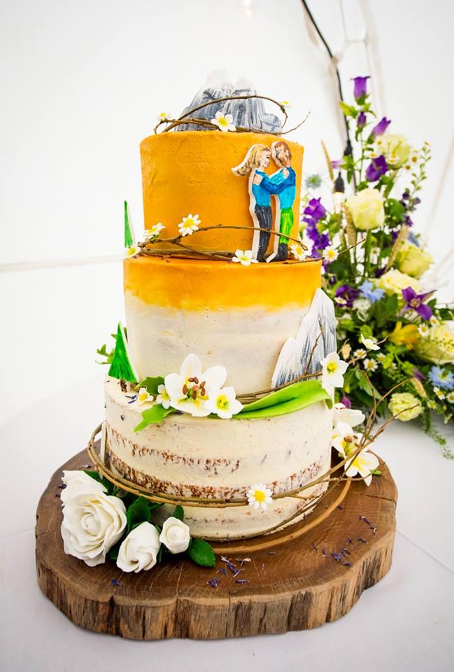 Leah & Will cake.jpg