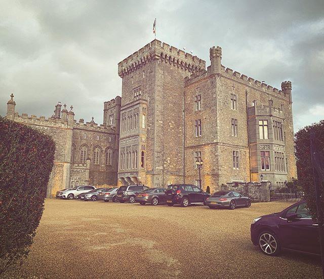 @markreecastlesligo is a handsome devil isn't he? Down in Sligeach with Peter & Orla & our buddy @fraserstewartphotography 😍 . . . . #irishcastlewedding #irishcastleweddingphotographs  #irishwedding #irishweddingband #dublinwedding #dublinweddingphotographer #sligoireland #sligowedding #castlewedding