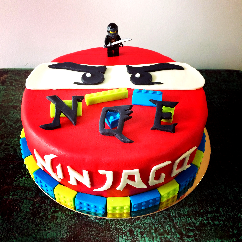 Gâteau-Ninjago.JPG