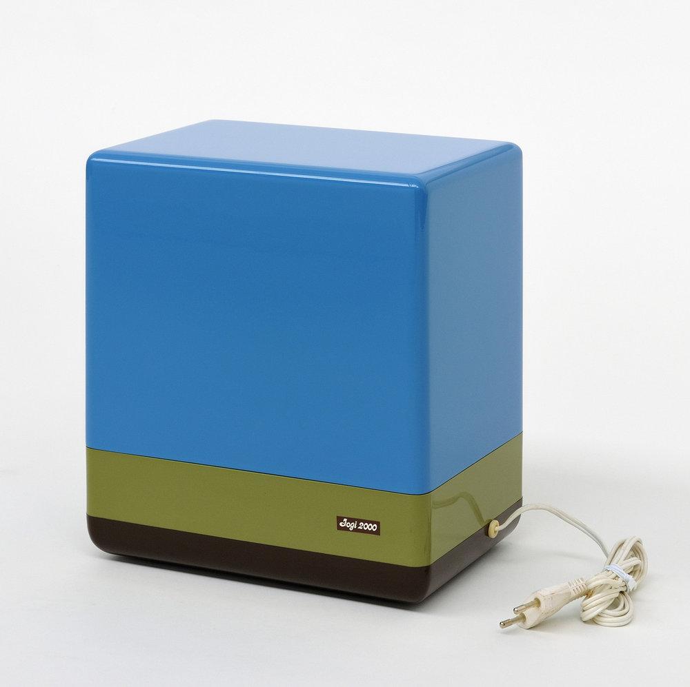 Jogi 2000, MDF highglosslacquered, appliance base, 28 x 25 x 17 cm