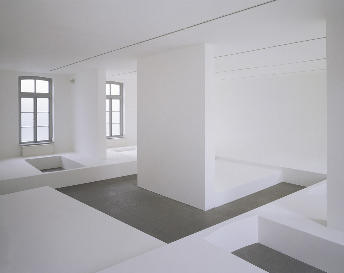 pop up, 2001, chipboards, paint, 1025 x 1112 x 300 cm, Kunstverein Gr. Bentheim, Neuenhaus