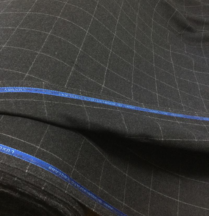 De Oost Bespoke Tailoring Bateman Ogden Collection Bespoke Flannel Suit Jacket Trousers Fabrics.jpg