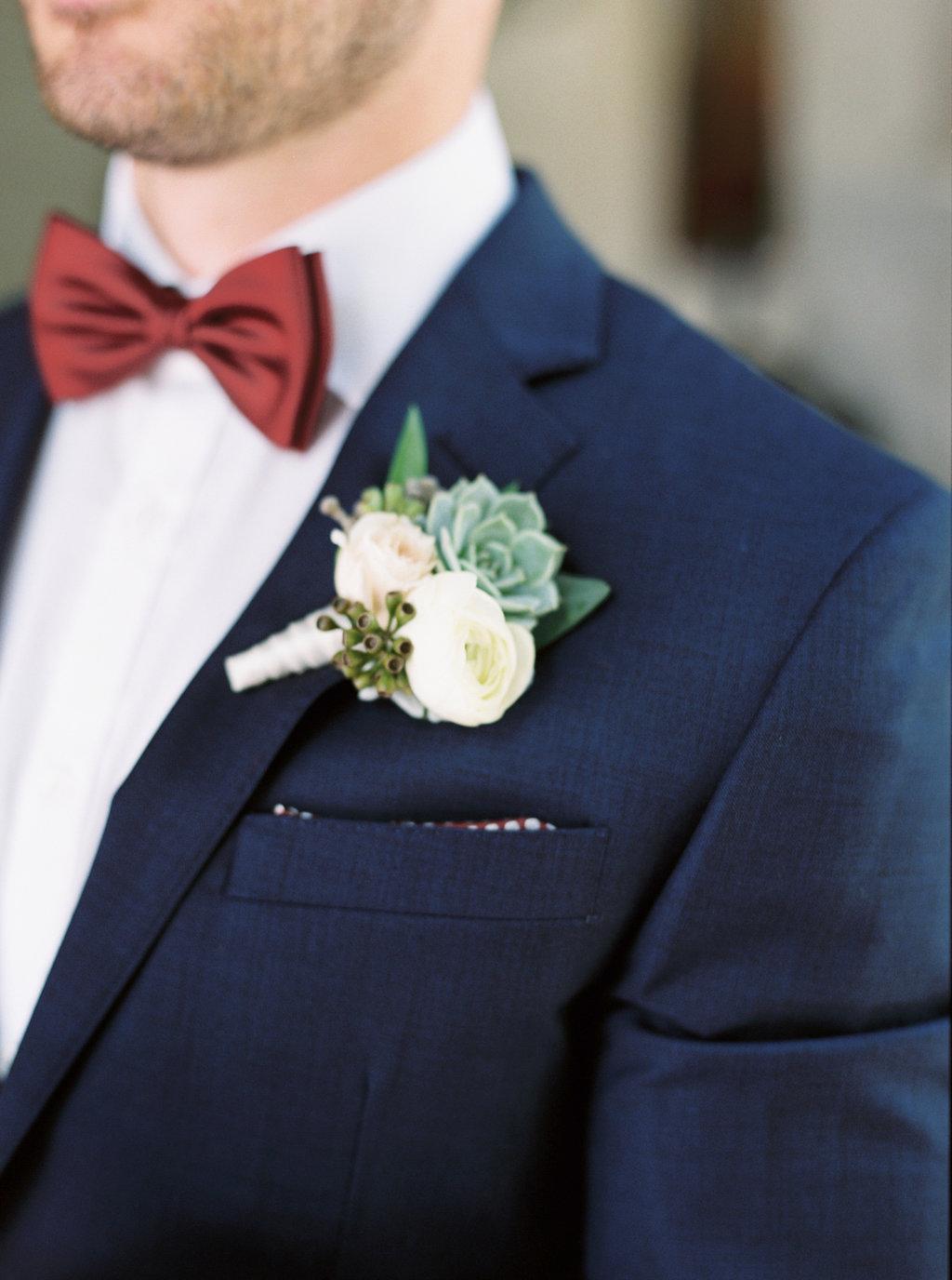 nicoleclarey_stacey+alexwedding_bride+groom-10.jpg