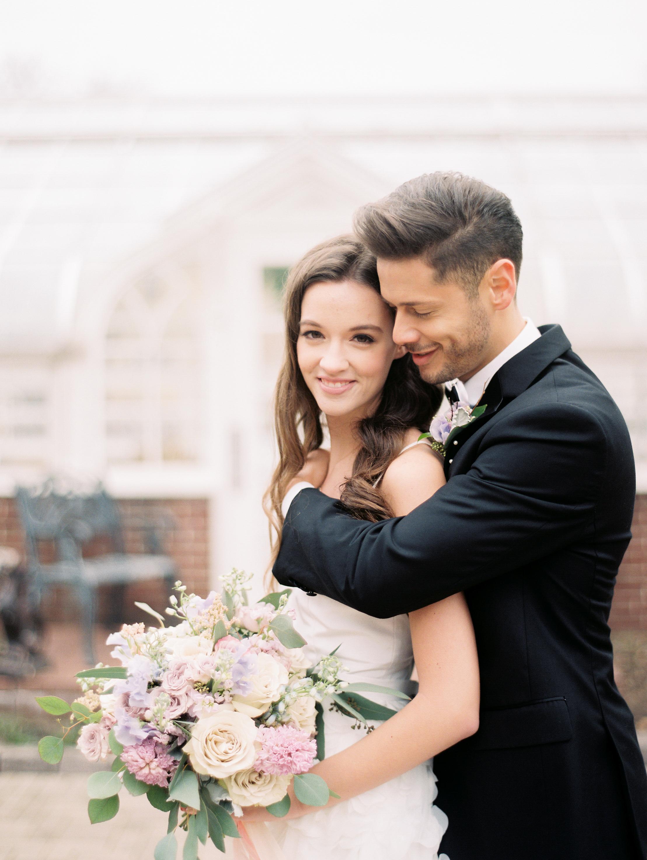 Kristin-La-Voie-Photography-Chicago-Wedding-Photographer-Cheney-Mansion-229.jpg