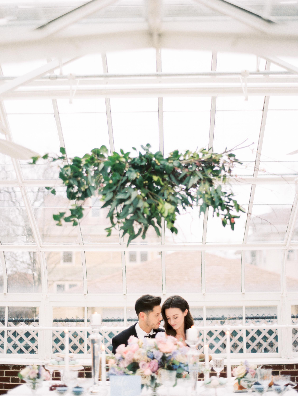Kristin-La-Voie-Photography-Chicago-Wedding-Photographer-Cheney-Mansion-224.jpg