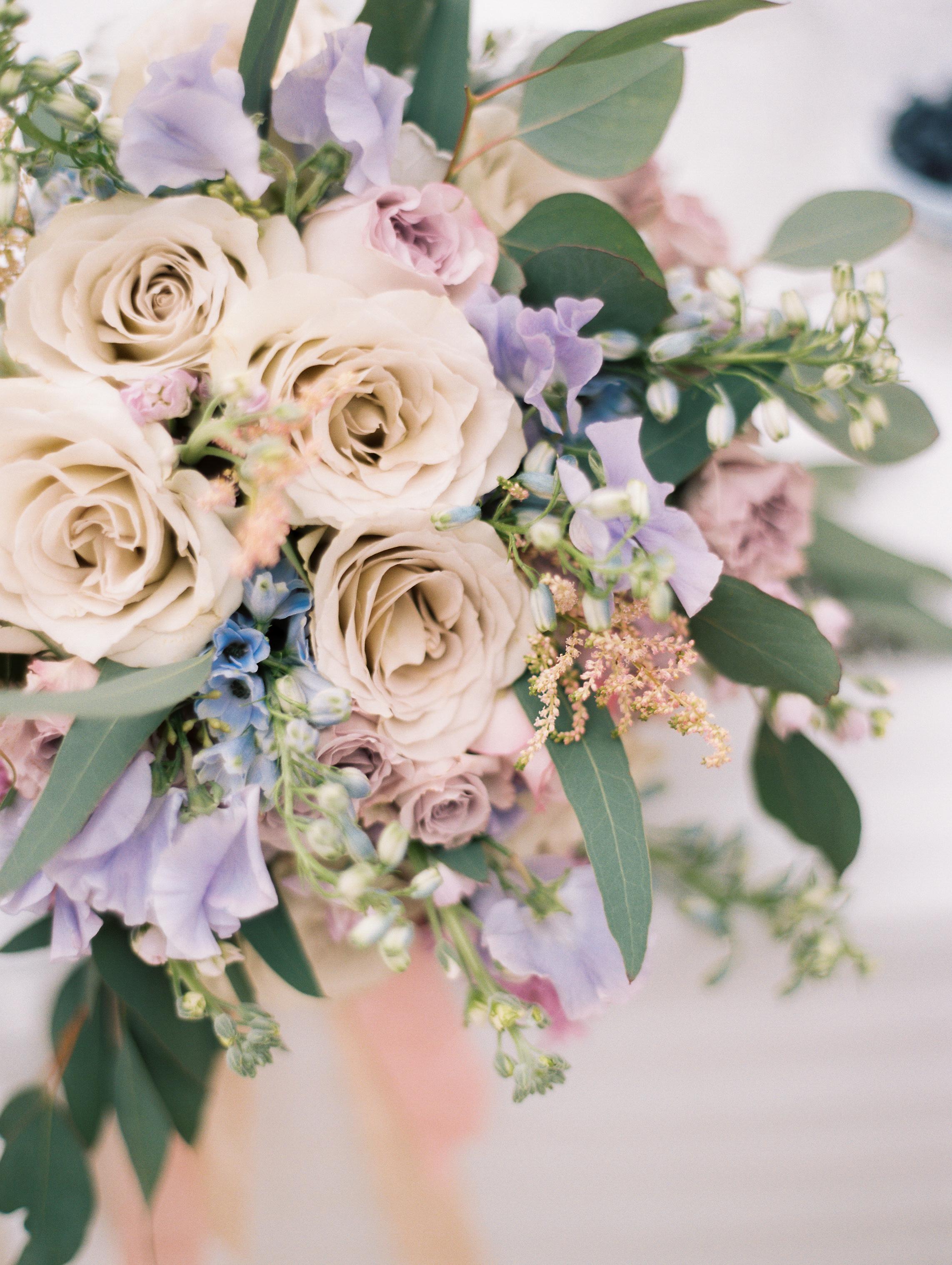 Kristin-La-Voie-Photography-Chicago-Wedding-Photographer-Cheney-Mansion-45.jpg