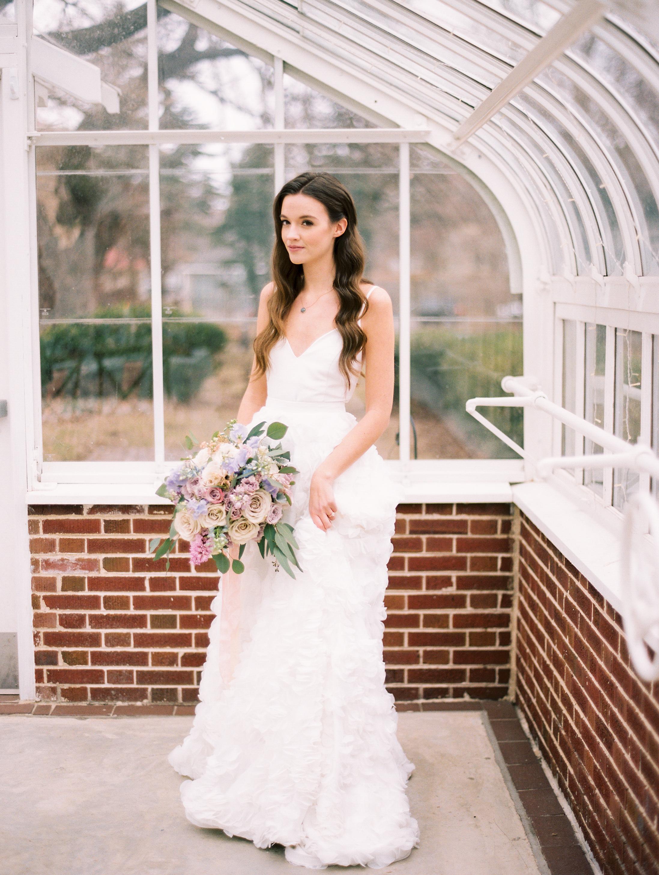 Kristin-La-Voie-Photography-Chicago-Wedding-Photographer-Cheney-Mansion-180.jpg