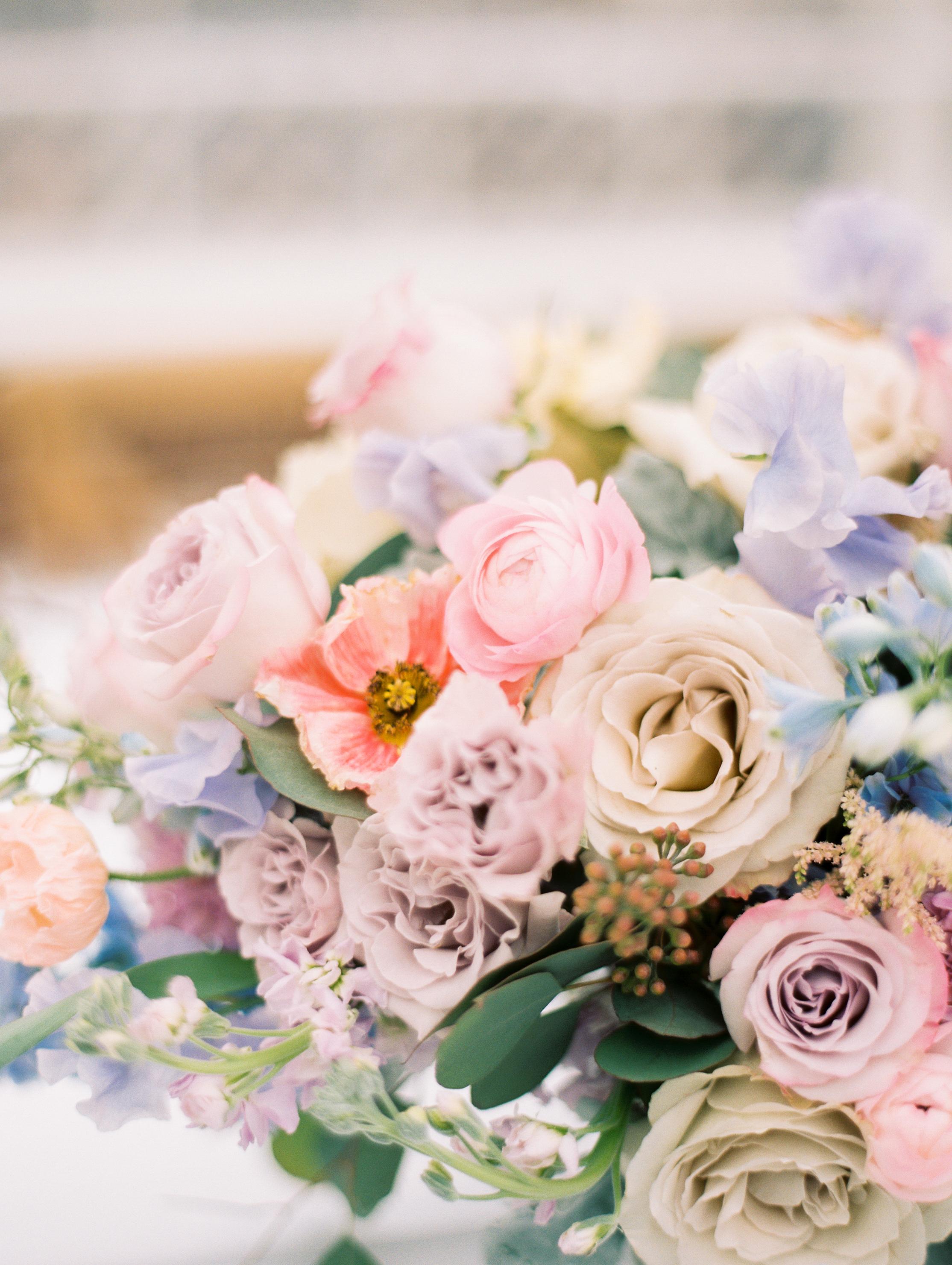 Kristin-La-Voie-Photography-Chicago-Wedding-Photographer-Cheney-Mansion-41.jpg
