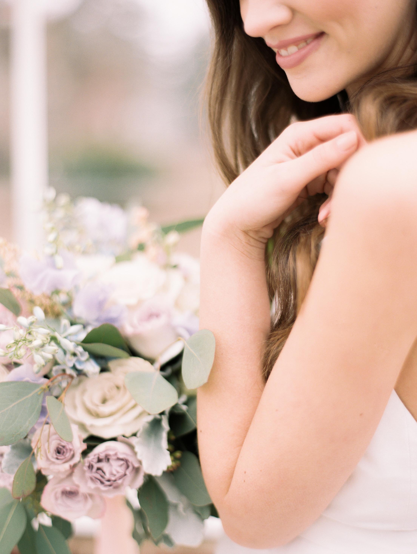 Kristin-La-Voie-Photography-Chicago-Wedding-Photographer-Cheney-Mansion-179.jpg