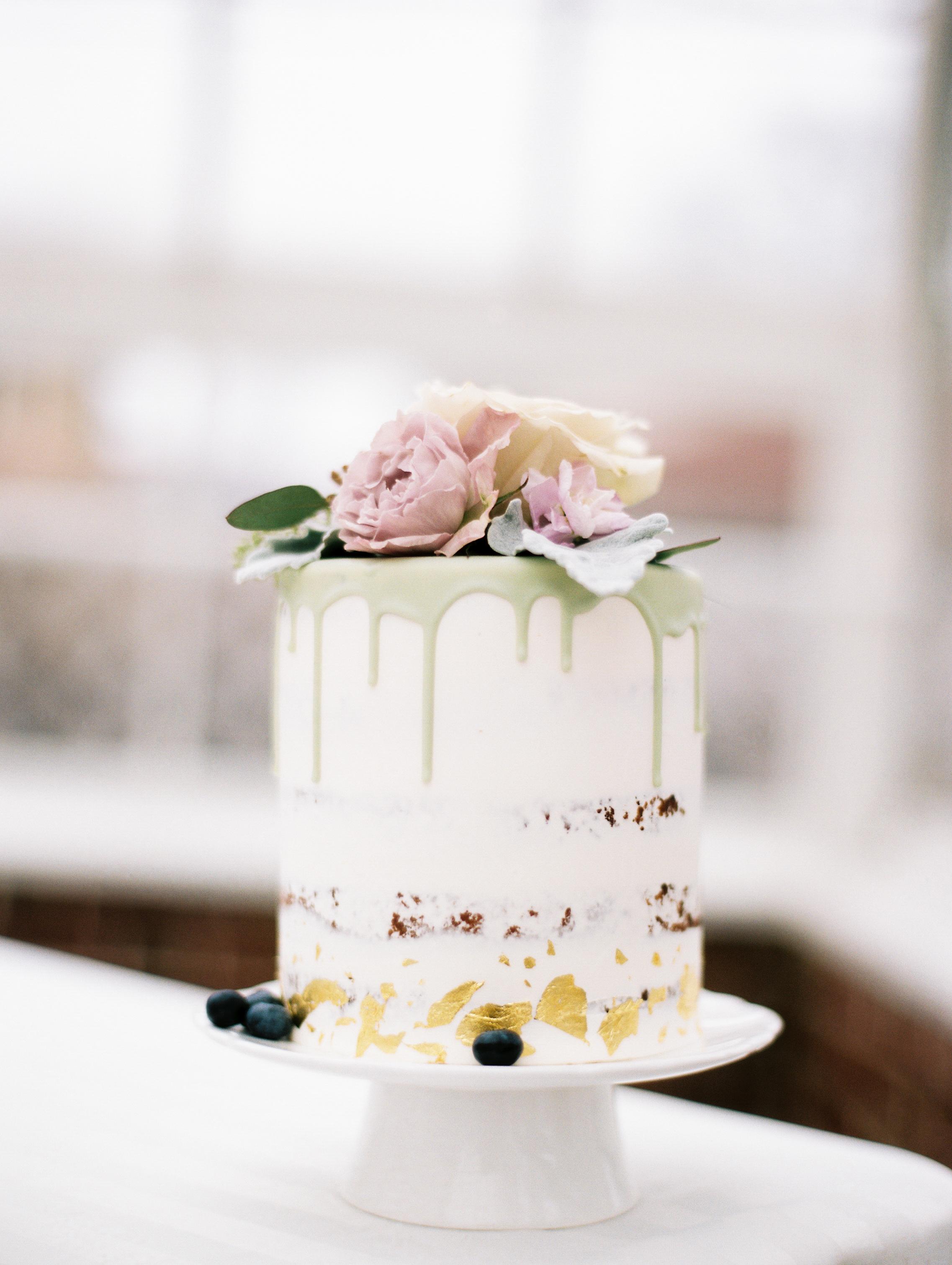 Kristin-La-Voie-Photography-Chicago-Wedding-Photographer-Cheney-Mansion-78.jpg