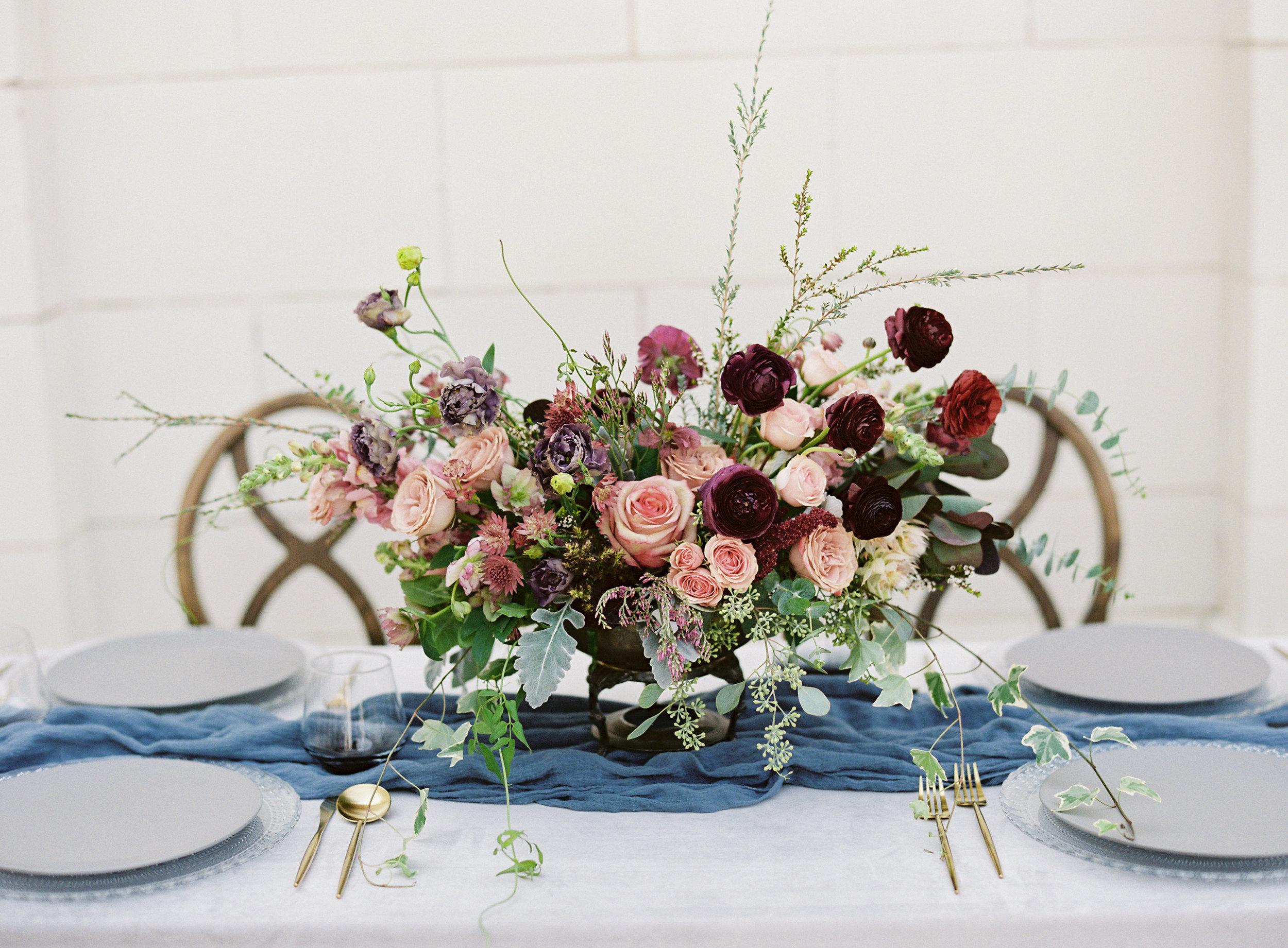 la-rue-floral-fall-wedding-flowers.jpg
