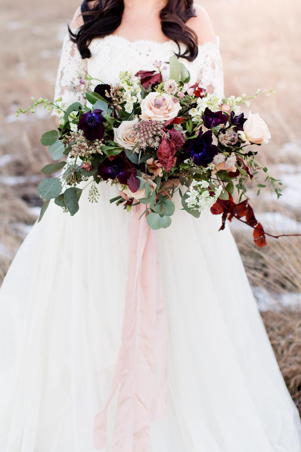 colorado_mountain_wedding_winter_bouquet.jpg
