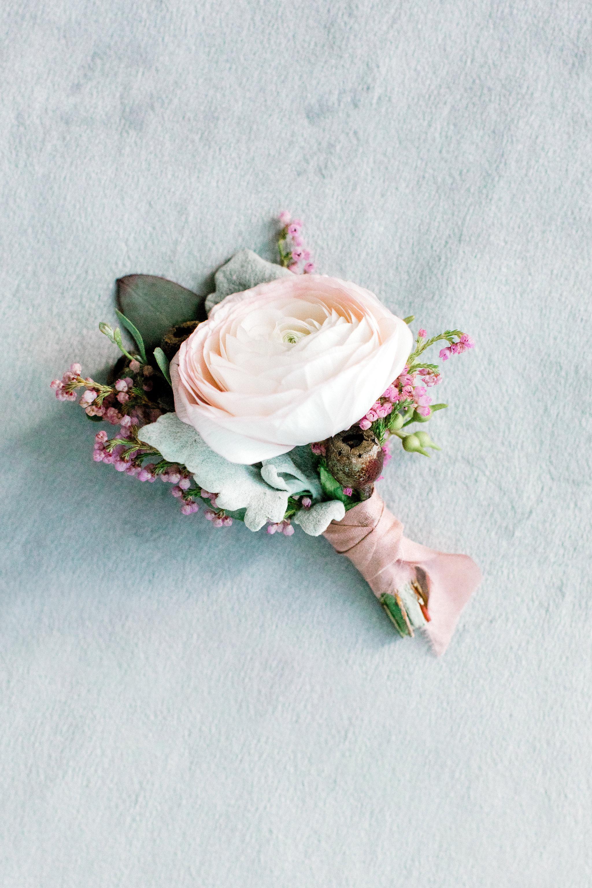 denver-florist-pink-boutonniere.jpg