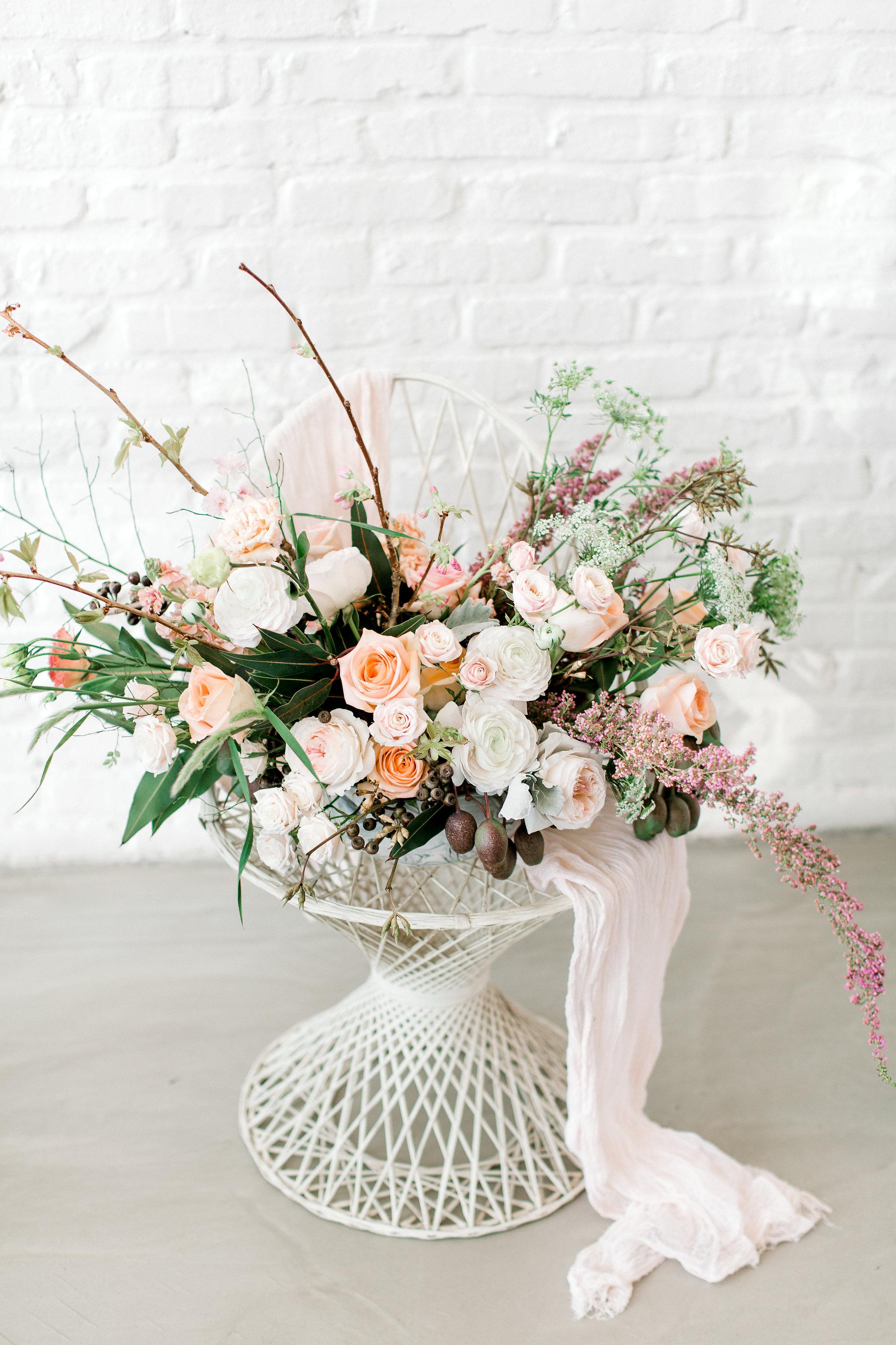 colorado-wedding-florist-romantic-flowers-la-rue-floral.jpg