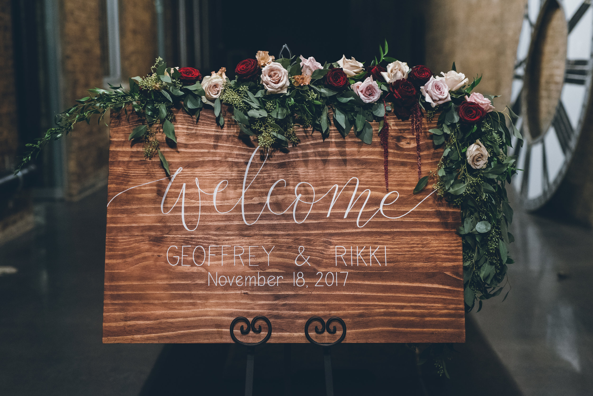 denver_colorado_welcome_sign_flowers.jpg
