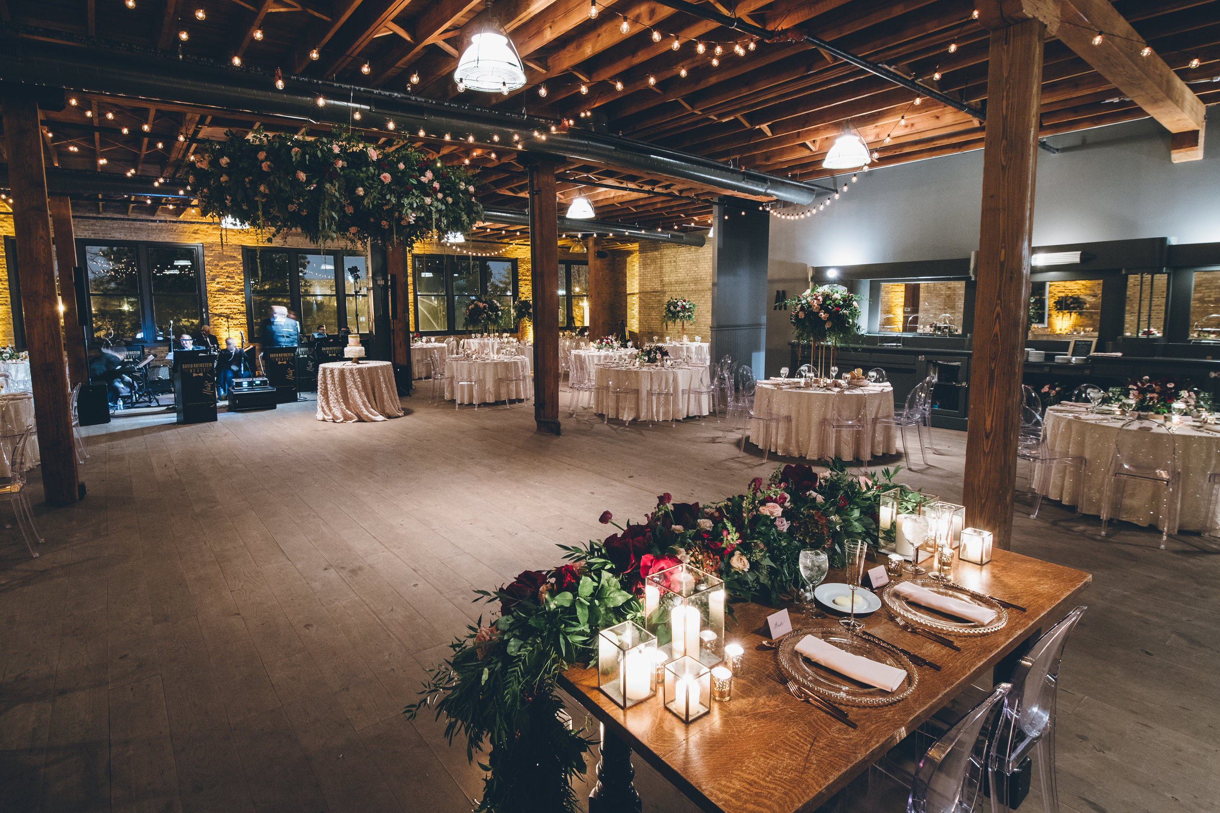 denver_colorado_wedding_reception_rustic_flowers.jpg