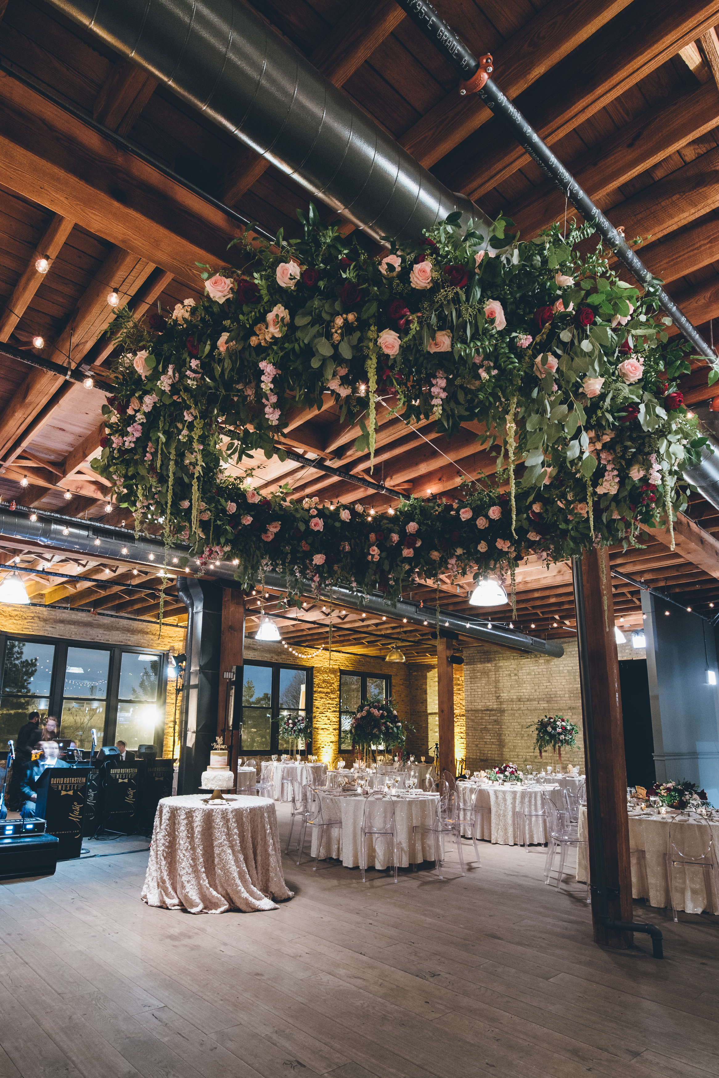colorado_wedding_hanging_floral_weath.jpg