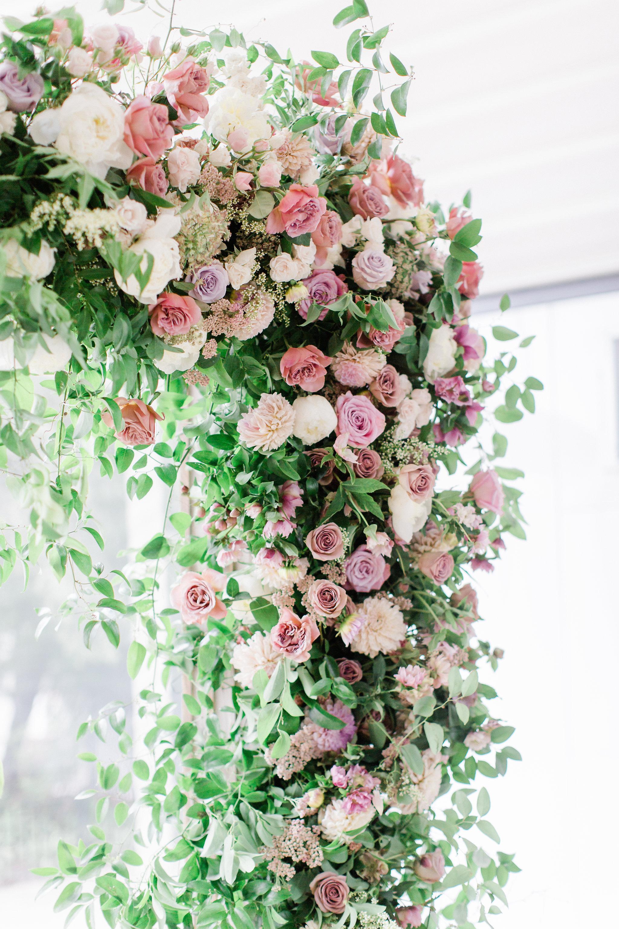 colorado-florist-la-rue-floral-wedding-ceremony-floral.jpg