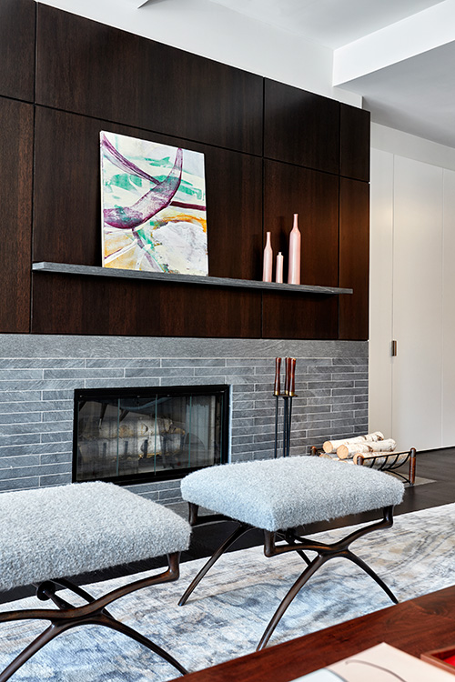 04_tribeca_park_front_loft_fireplace.jpg