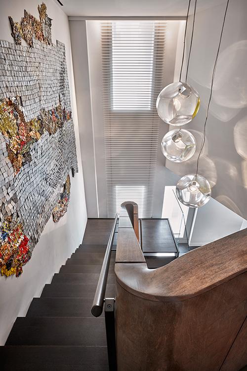 07_tribeca_park_front_loft_stair_area.jpg