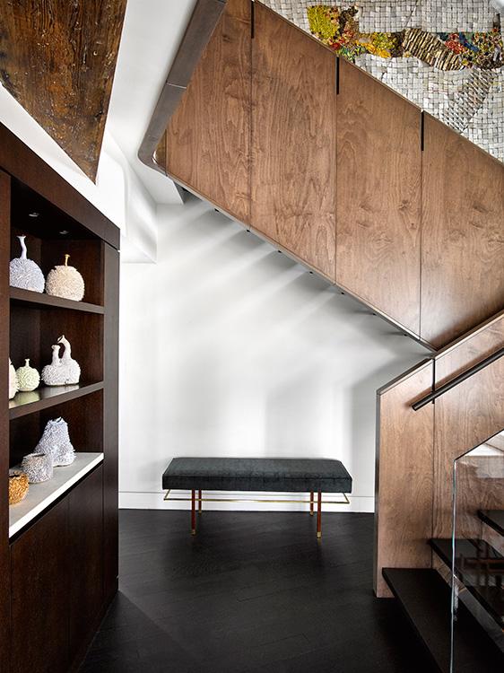 11_tribeca_park_front_loft_stair.jpg