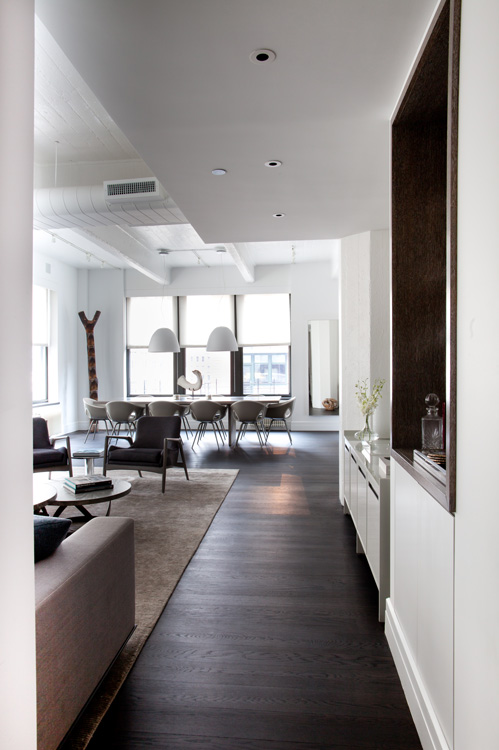 04_wunderground_dumbo_union_living_room.jpg