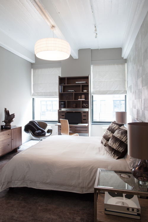05_wunderground_dumbo_union_master_bedroom.jpg