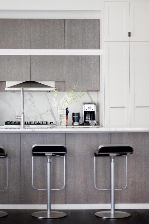 09_wunderground_dumbo_kitchen_island.jpg