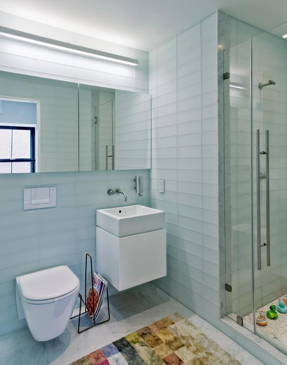 04_wunderground_duane_park_loft_bathroom.jpg