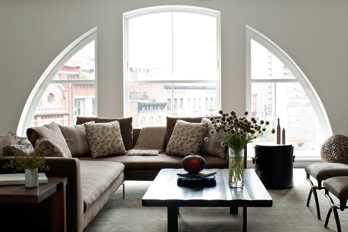 09_wunderground_duane_park_loft_living_room.jpg