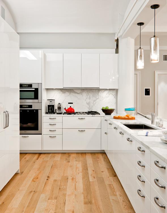 04_wunderground_ice_house_tribeca_loft_kitchen.jpg