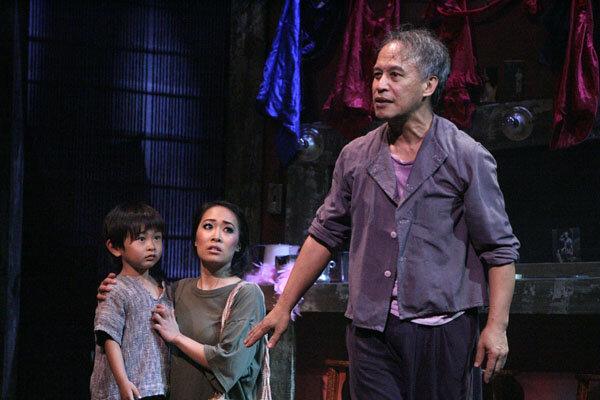Ken-Shim-Jacqueline-Nguyen-and-Joseph-A.-Foronda-in-Miss-Saigon-Photo-by-Michael-Lamont.jpg
