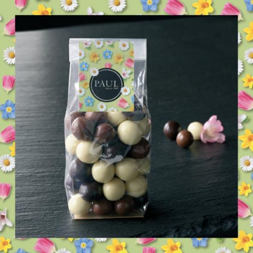Les billes de céréales chocolatées - Optez pour du croustillant pour vos fêtes de Pâques avec ces billes de chocolat au coeur en céréales.