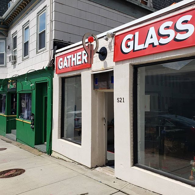 We finally got our sign up. You can see us from the interstate!  Thank you @providencepaintedsigns.  #gatherglass  #craft #blownglass  #providence #handmade