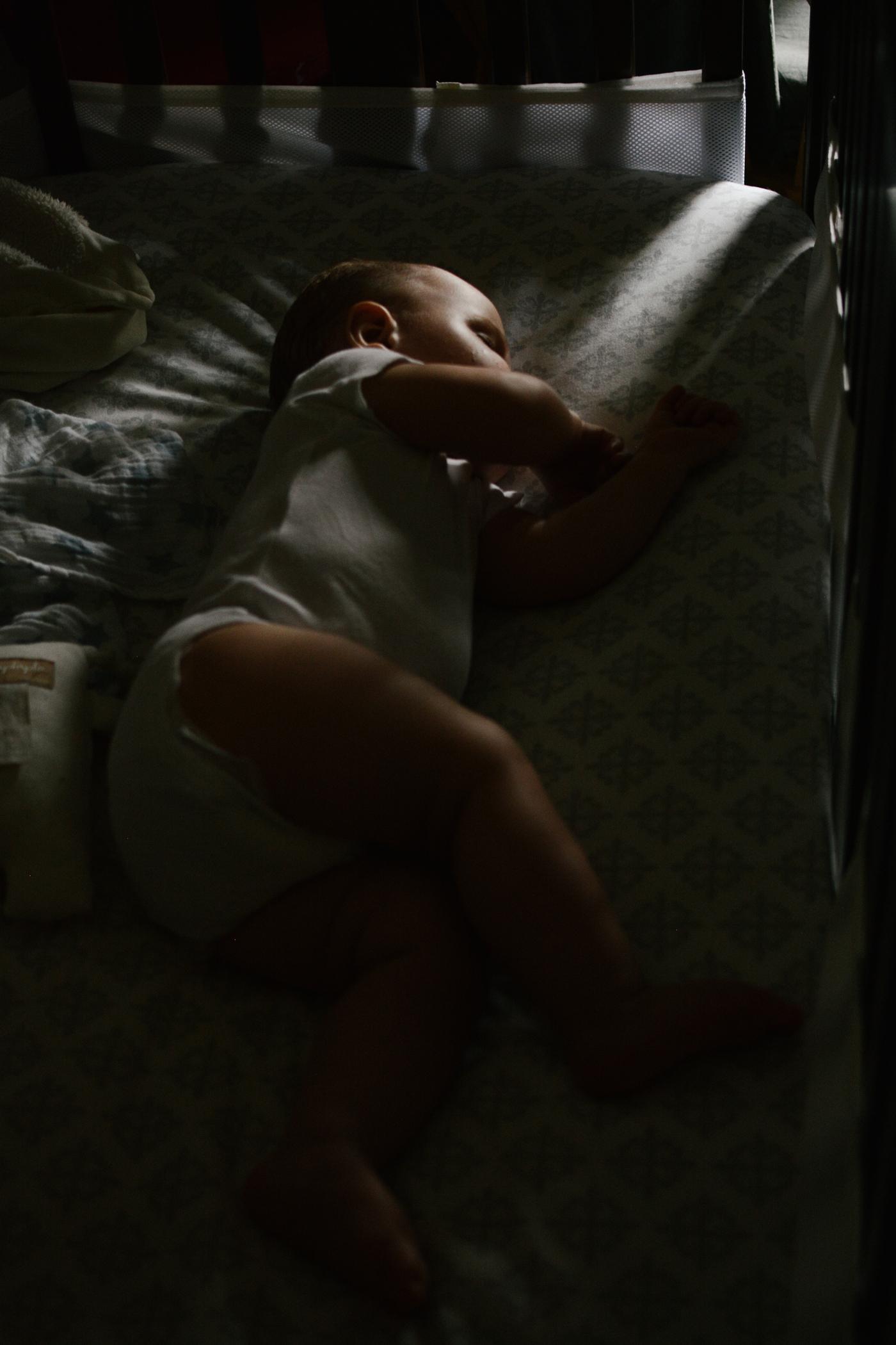 Bebe_toute_annee_Marianne_Charland_photographe_famille_nouveau-ne_enfant_Montreal_Basse-48.jpg