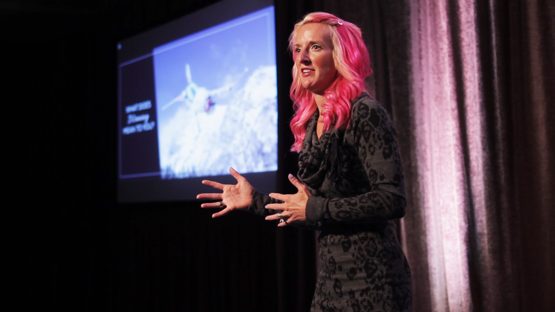 Keynote Speeches - Allow Shannon to make a lasting connection with your attendees for a once in a lifetime experience!