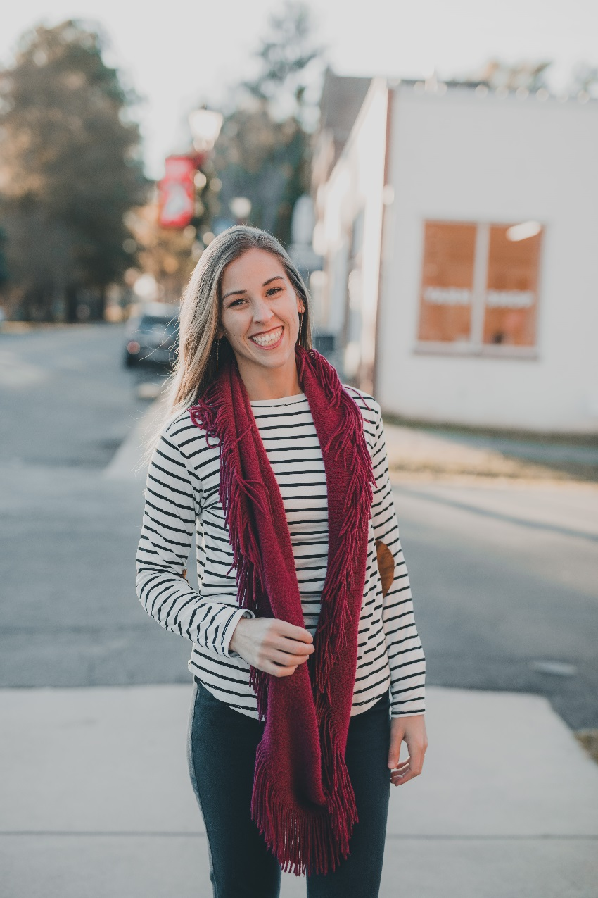 Jordan Hostetler - Registered Dietitian and Licensed Dietitian Nutritionist who owns a blog where she encourages others to live their happiest and healthiest life through nutrition tips, recipes, and education.Beautifull Profit BlogBeautifull Profit Instagram