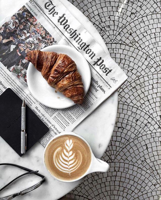 Coffee Break {@austinrutland} . . . . . #coffee #coffeenclothes #vscocoffee #baristadaily #blackcoffee #coffeeislife #caffeinefix #flashesofdelight #coffeegram #valentinesday #grateful #ootd #wednesdaywisdom #womenandcoffee #lovemycoffee #wellhappykind #allthecoffee #stylish #flatlaystyle #flatlaytoday #valentine #tilelove #tile #latte