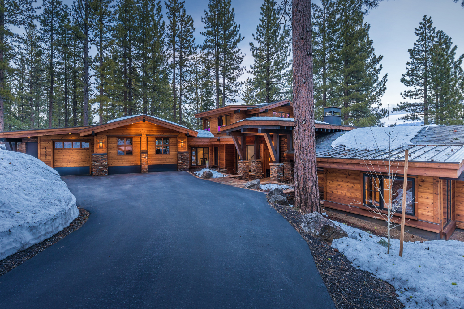 1-Lahontan-Home-468-front.jpg